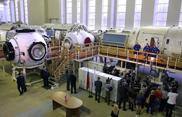 Начало комплексных экзаменационных тренировок космонавтов в ЦПК