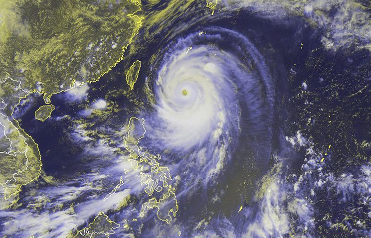 """Тайфун """"Неогури"""""""