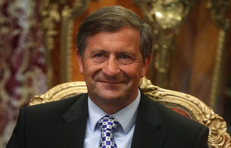Карл Эрьявец