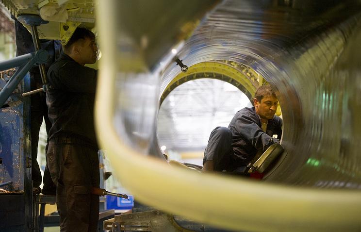 В цехе сборки СУ-34 на новосибирском заводе имени Чкалова