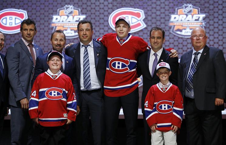Никита Щербак на церемонии драфта НХЛ