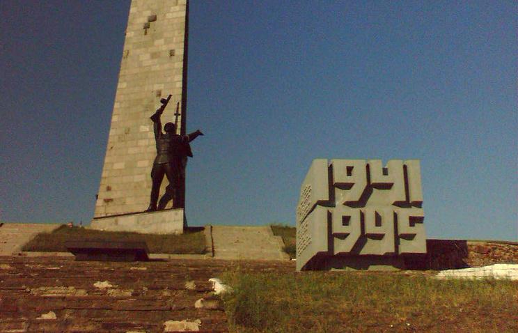 Мемориальный комплекс на Саур-Могиле