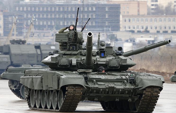 Т-90 на военном параде