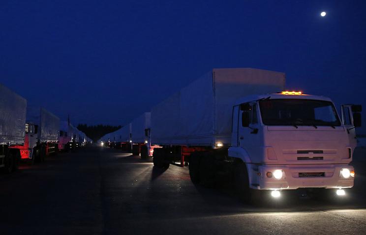 Автоколонна для доставки гуманитарной помощи жителям юго-востока Украины выехала из Алабино 12 августа.