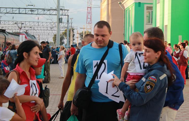 Беженцы с Украины на вокзале Кемерово. Архив