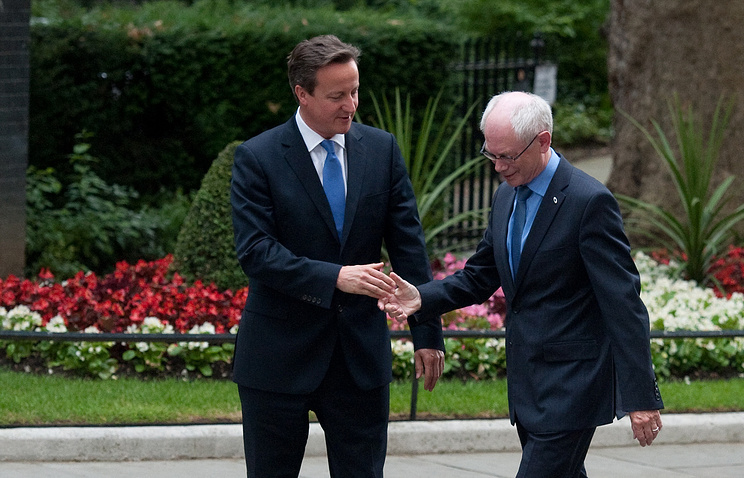 Дэвид Кэмерон и Ван Ромпей (слева направо)
