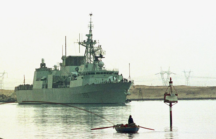 "Канадский фрегат ""Торонто"""