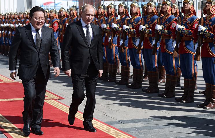 Цахиагийн Элбэгдорж и Владимир Путин