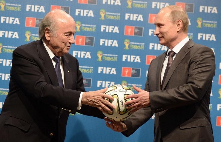 Глава ФИФА Йозеф Блаттер и президент России Владимир Путин