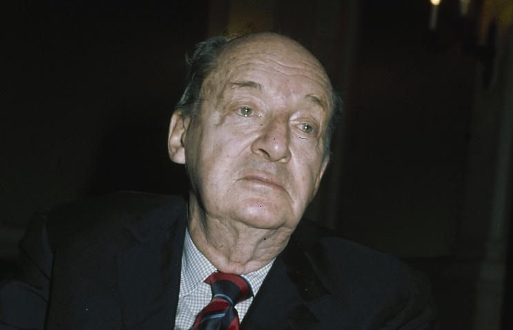 Писатель Владимир Набоков. 1976 год