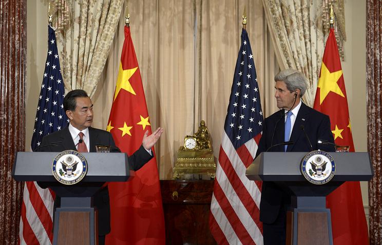 Министр иностранных дел Китая Ван И и госсекретарь США Джон Керри