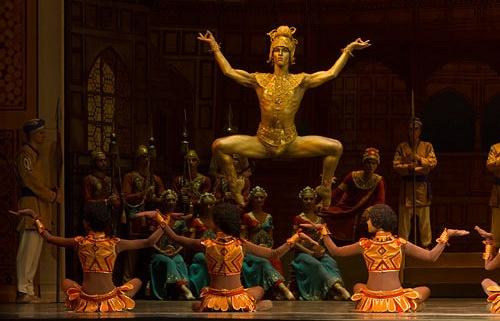 """Сцена из балета """"Баядерка"""""""