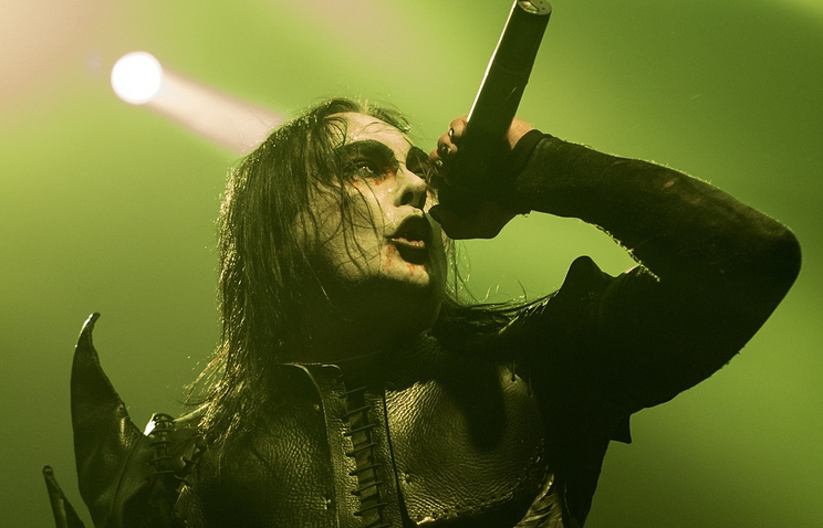 Солист группы Cradle Of Filth Дэни Филт. Архив