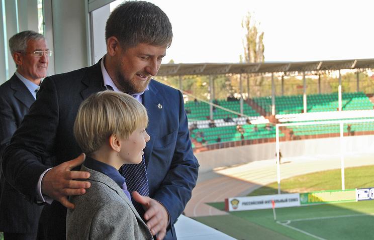 Глава Чечни Рамзан Кадыров с Дени Байсаровым, 2008 год