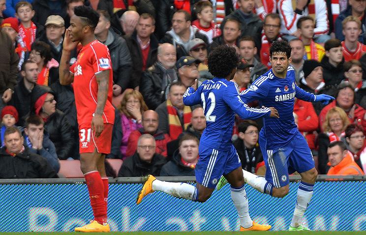 "Форвард ""Челси"" Диего Коста (справа) после гола в ворота ""Ливерпуля"""