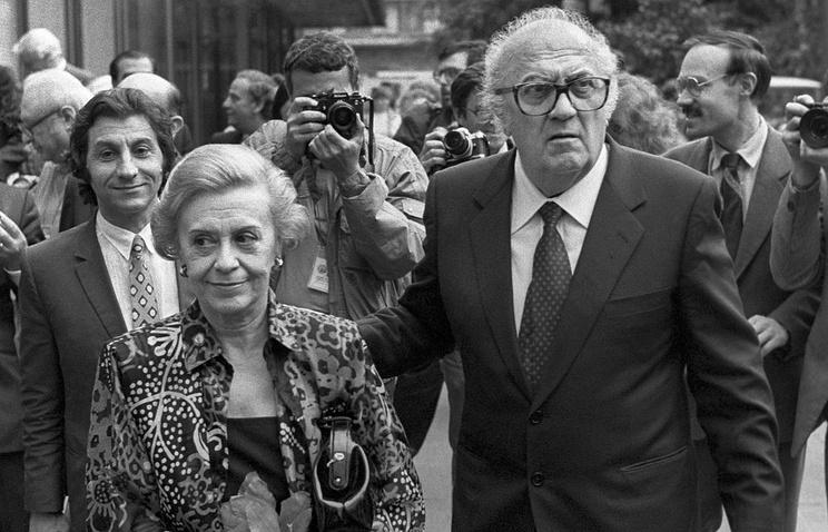Актриса Джульетта Мазина и режиссер Федерико Феллини на XV Московском кинофестивале, 1987 год