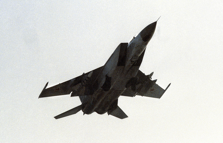 Самолет-истребитель МИГ-25. Архив