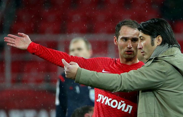 Роман Широков (слева)