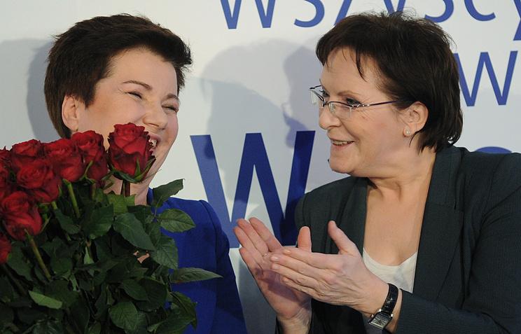 Ханна Гронкевич-Вальц (на фото слева)