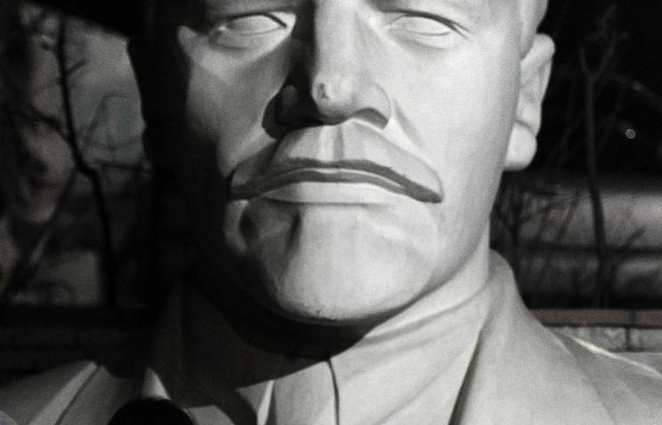 Бюст Ленина в Новосибирске. Архив