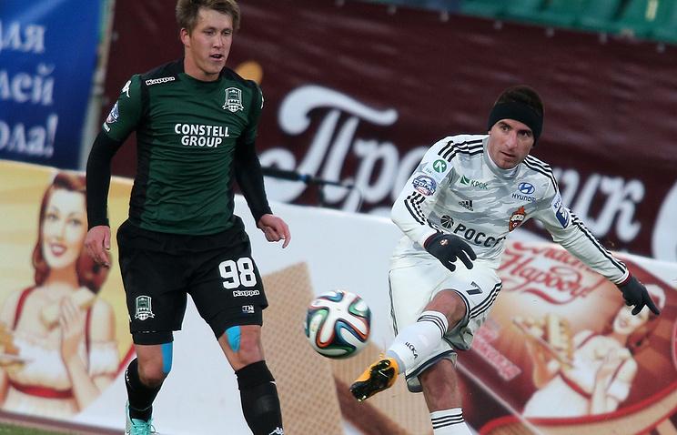Сергей Пертов (слева)