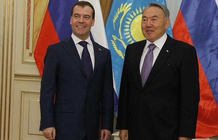 Председатель правительства РФ Дмитрий Медведев и президент Казахстана Нурсултан Назарбаев (слева направо)