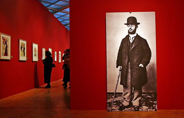 Портрет Анри де Тулуз-Лотрека на выставке работ художника в Третьяковской галерее
