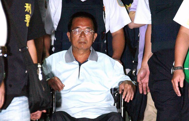 Чэнь Шуйбянь в 2012 году