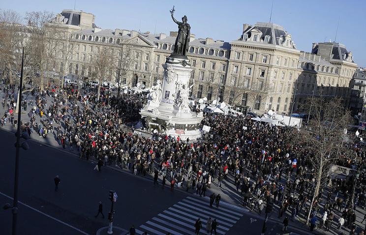 Площадь Республики, 11 января