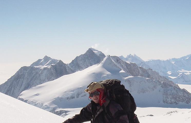 Архив. Гора Винсона, 2004 год.
