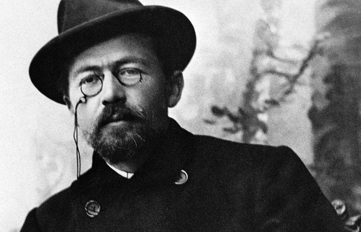 Крым. Писатель Антон Павлович Чехов в Ялте. 1899 год.