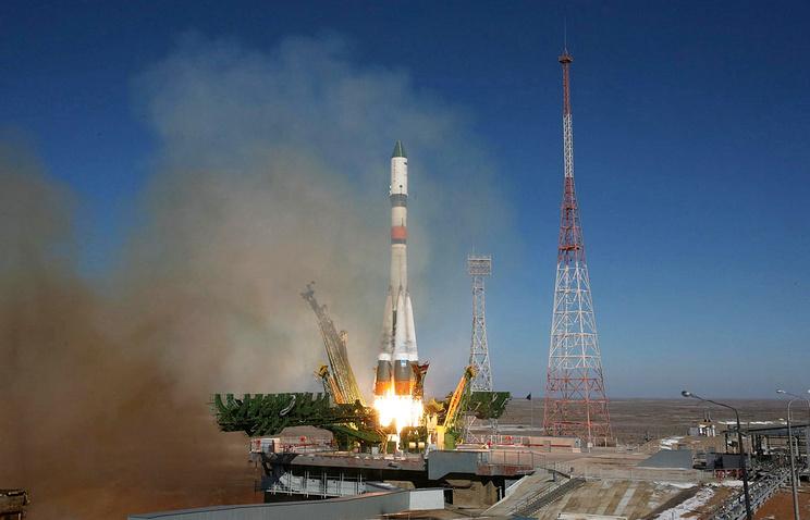 """Запуск ракеты """"Союз-2.1а"""" с кораблем """"Прогресс М-25М"""" с космодрома Байконур, 29 октября 2014 года"""