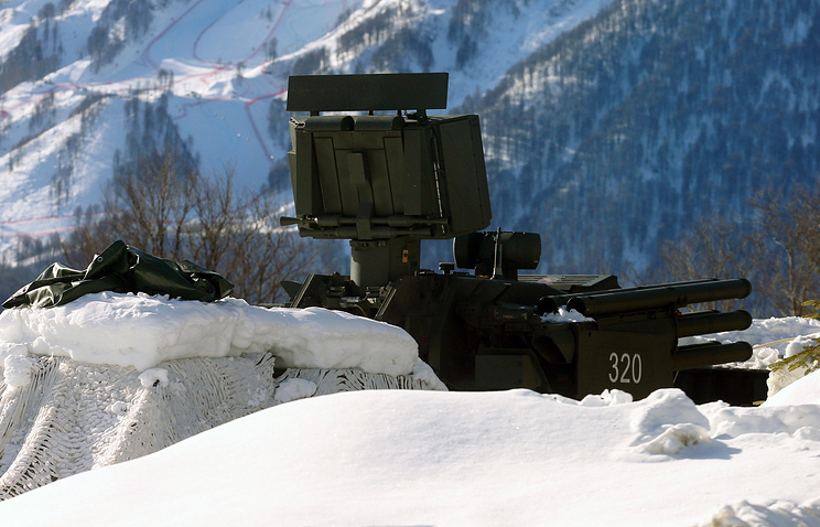 """Зенитный ракетно-пушечный комплекс """"Панцирь-С"""""""