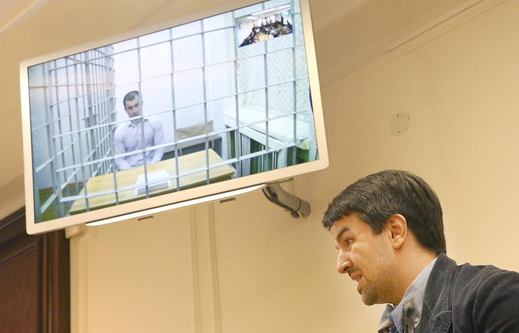 Адвокат Мурад Мусаев в Верховном суде во время рассмотрения жалобы на приговор по делу Бекхана Ризванова, 19 июля 2013 года