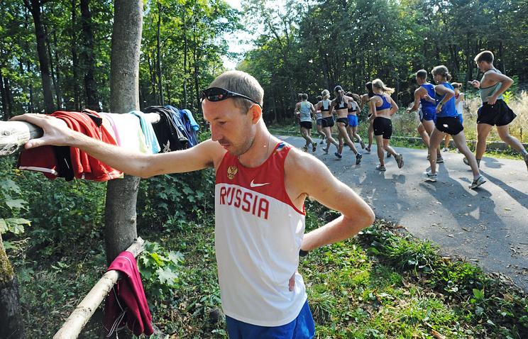 Чемпион мира по спортивной ходьбе Сергей Кирдяпкин на тренировке в центре олимпийской подготовки Республики Мордовия