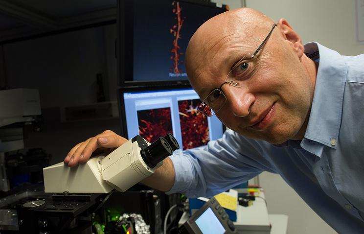 Лауреат Нобелевской премии по химии  Штефан Хелл