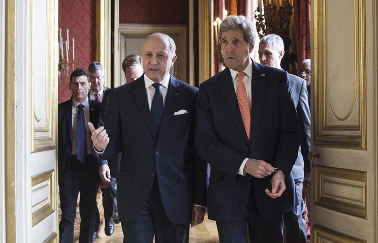 Глава МИД Франции Лоран Фабиус и госсекретарь США Джон Керри
