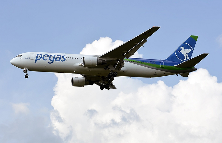 "Boeing 767-300 авиакомпании ""Икар"""