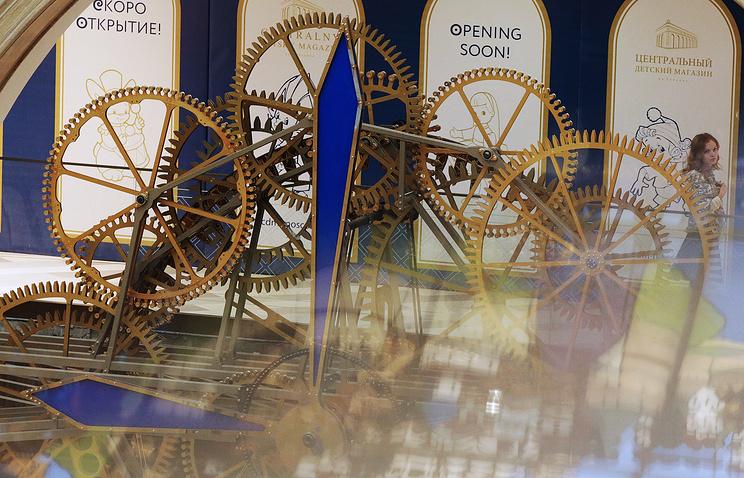 """В день официального открытия """"Детского мира"""" в магазине запустят механические часы из 5 тыс. покрытых золотом шестеренок"""