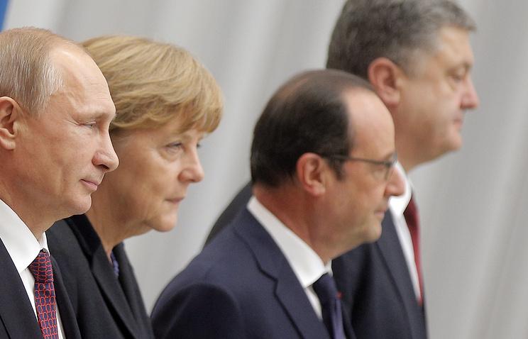 Президент России Владимир Путин, канцлер Германии Ангела Меркель, президент Франции Франсуа Олланд и президент Украины Петр Порошенко