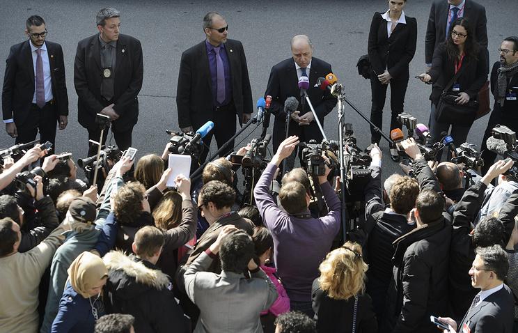 Лоран Фабиус перед началом переговоров по ядерной программе ИРИ в Лозанне
