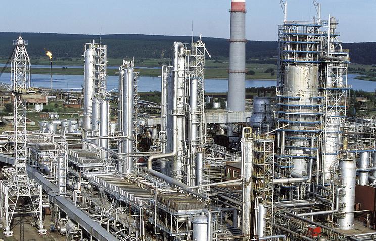 Нефтеперерабатывающем заводе в Ангарске