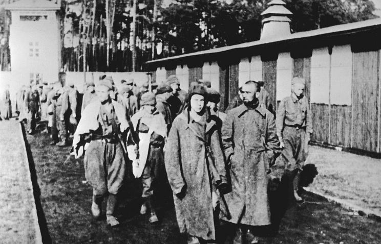 Советские военнослужащие в концлагере Заксенхаузен, 1941 год