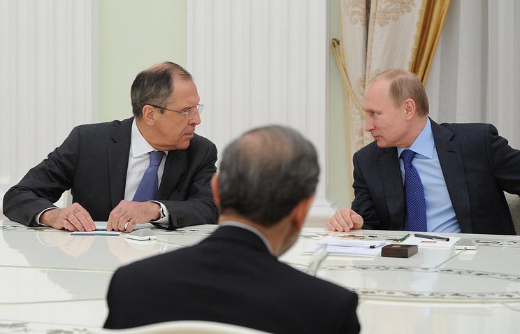 Министр иностранных дел РФ Сергей Лавров и президент России Владимир Путин