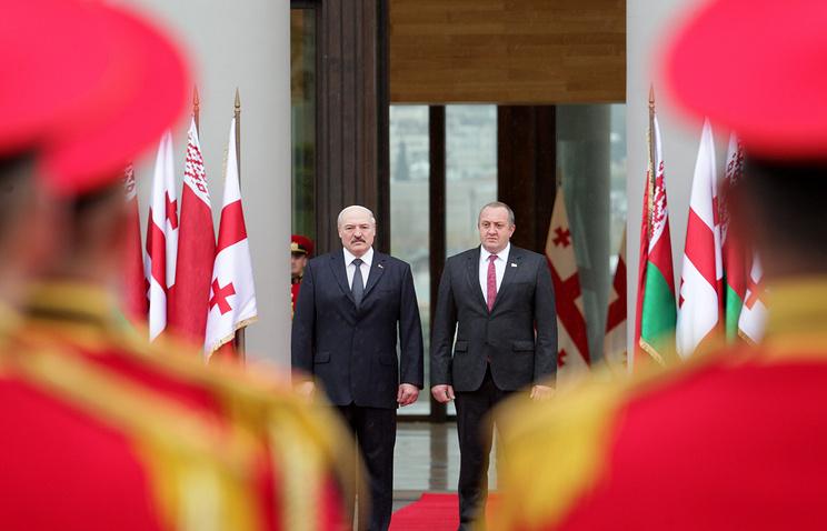 Президент Белоруссии Александр Лукашенко и президент Грузии Георгий Маргвелашвили