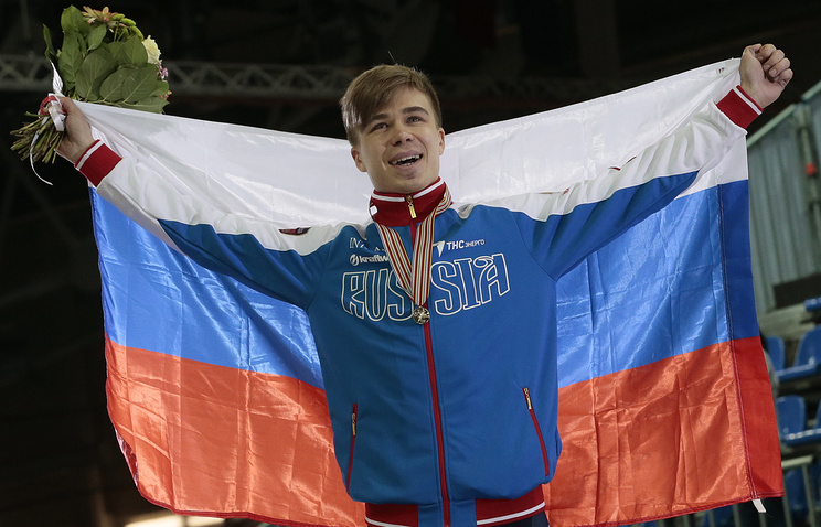 Семен Елистратов, завоевавший золото в забеге на 1500 метров на чемпионате мира по шорт-треку