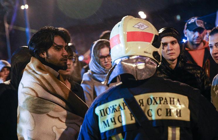 Студенты, эвакуированные при пожаре в общежитии Российского медицинского университета им. Пирогова