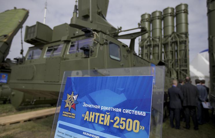 """Зенитная ракетная система """"Антей-2500"""""""