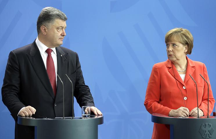 Ангела Меркель на совместной пресс-конференции с Петром Порошенко