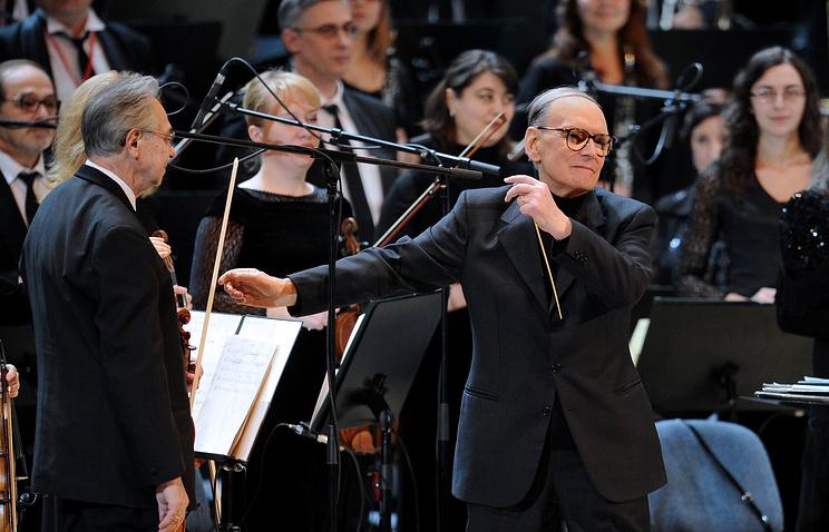 Эннио Морриконе во время выступления в Москве